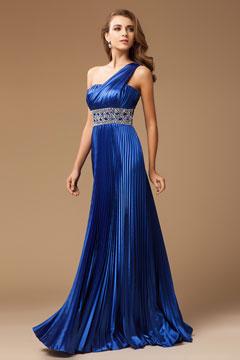 Robe soirée bleue plissée épaule asymétrique ceinturée de strass