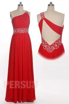 Robe de soirée rouge asymétrique à dos découpé en mousseline