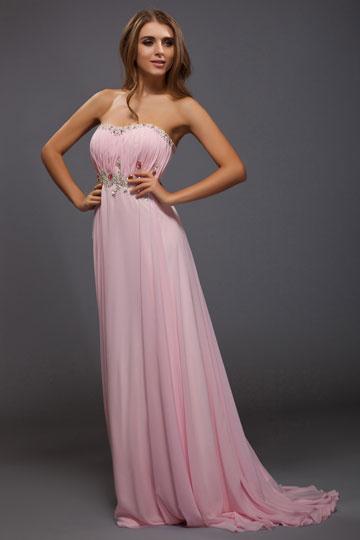 Robe rose soirée en mousseline Empire décolleté en cœur ornée de strass
