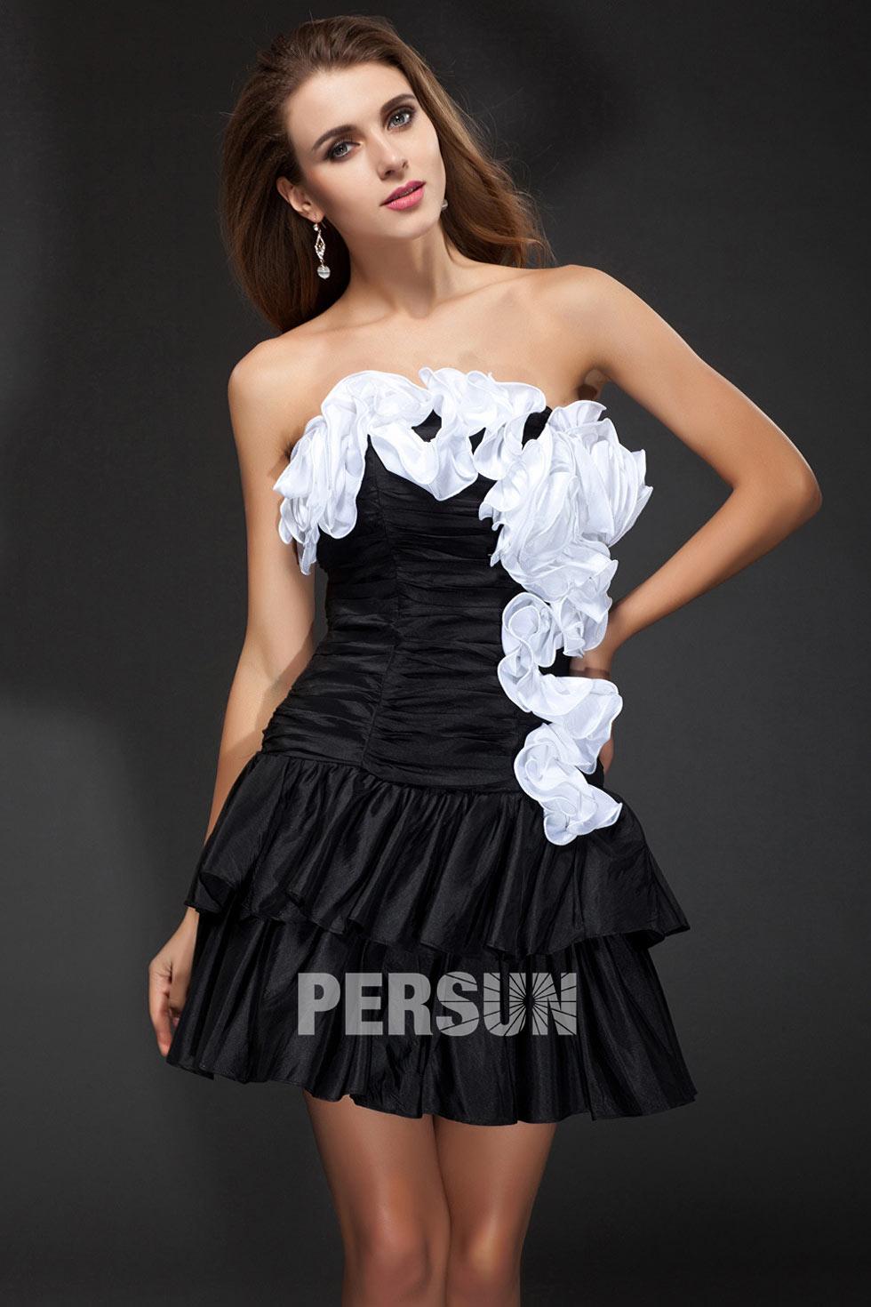 953a829fc7e Robe noire et blanche chic bustier pour cocktail bustier ruché ornée de  plissage