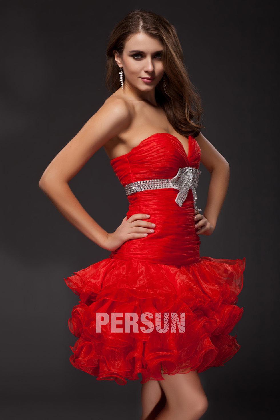 robe rouge courte sexy à volant pour cocktail