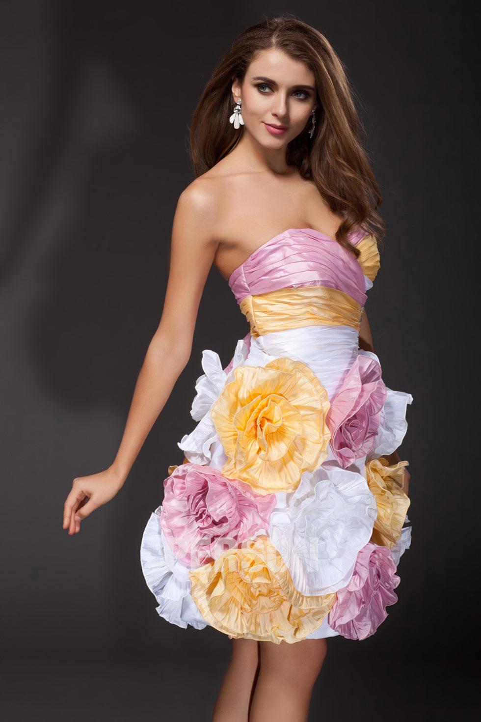 Robe bustier cœur courte à fleurs en taffetas design extravagant