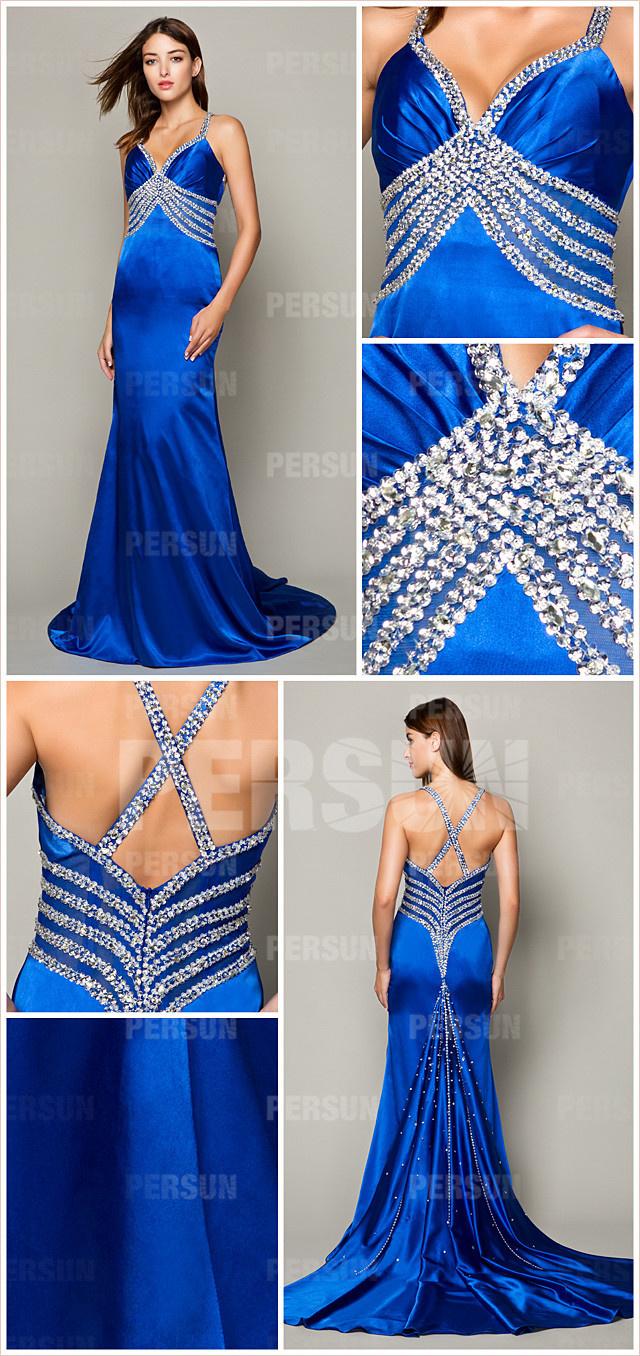 Robe de soirée  décolletée V bleu royale ornée de strass dos nu