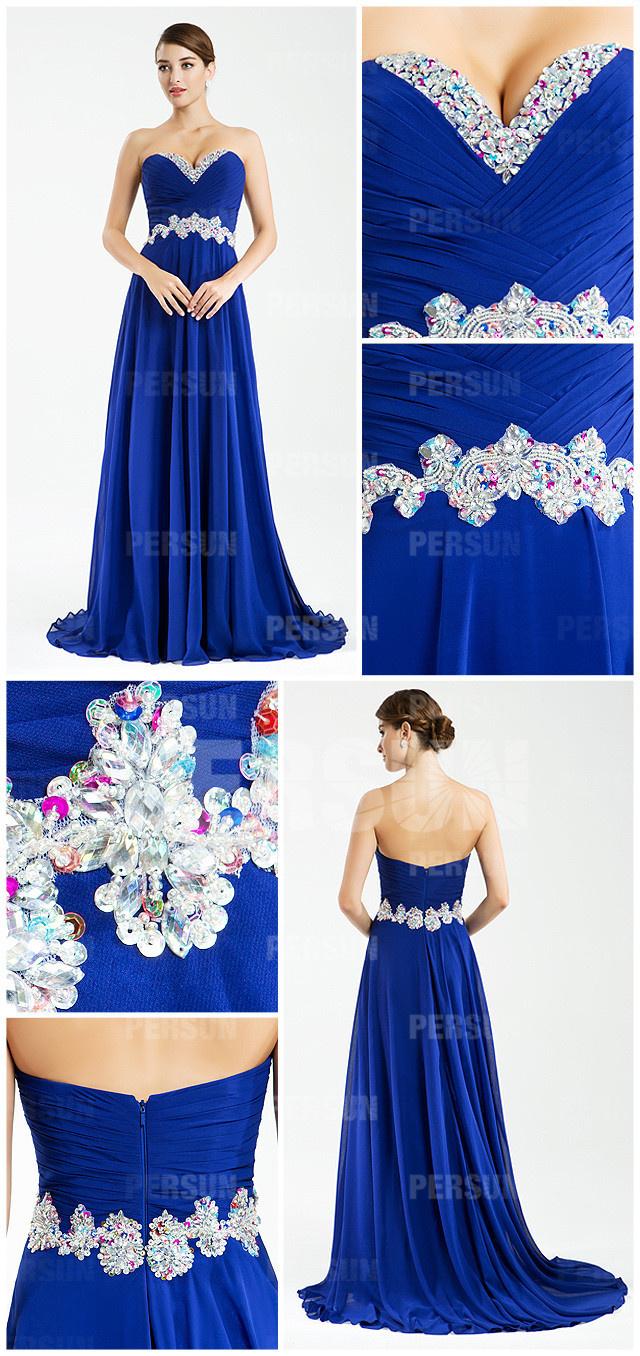 Robe chic en bleue royale à bustier cœur drapée ornée de strass