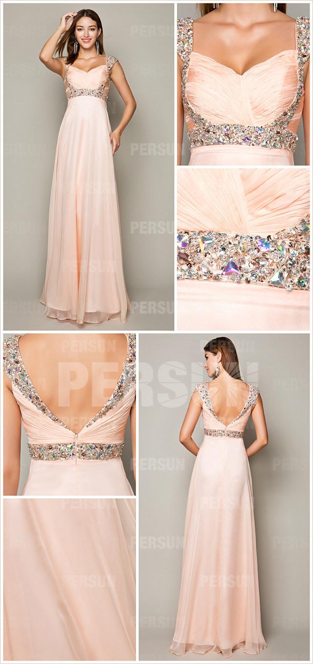 robe de soirée rose nude ornée de bijoux paillettes & dos décolletée V