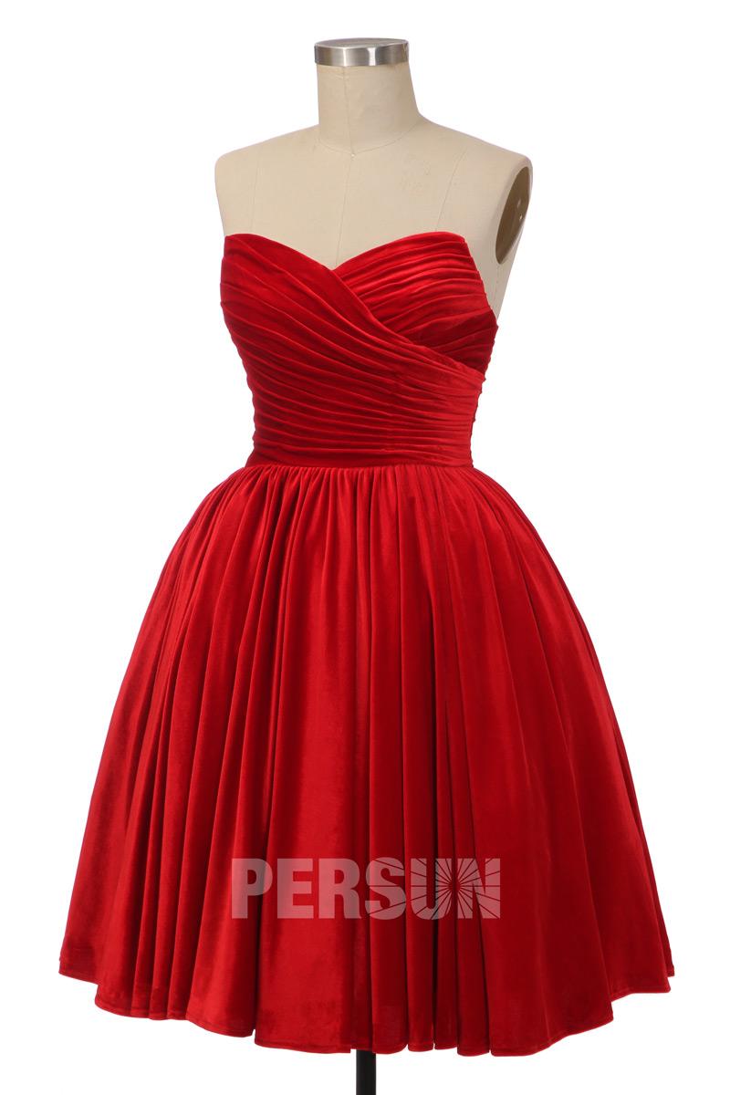 robe de mariée gothique courte bustier coeur plissé en velours