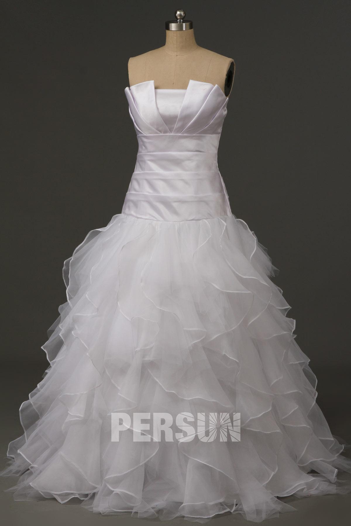 Robe de bal princesse bustier plissé et strassé à jupe en tulle