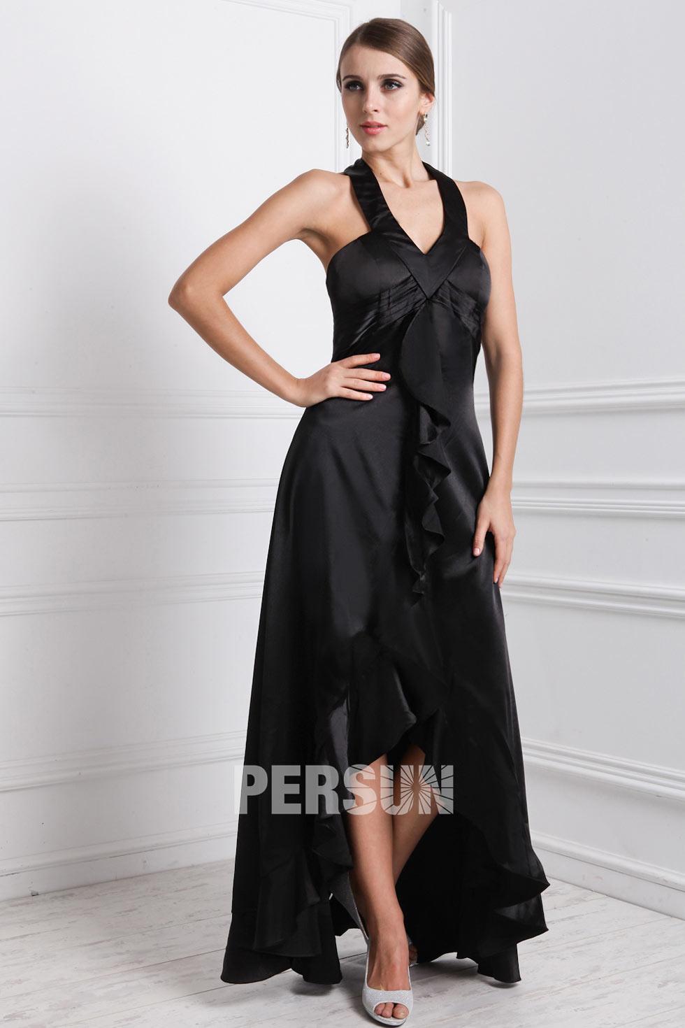 robe noire courte devant longue derrière pour assister à un mariage en satin