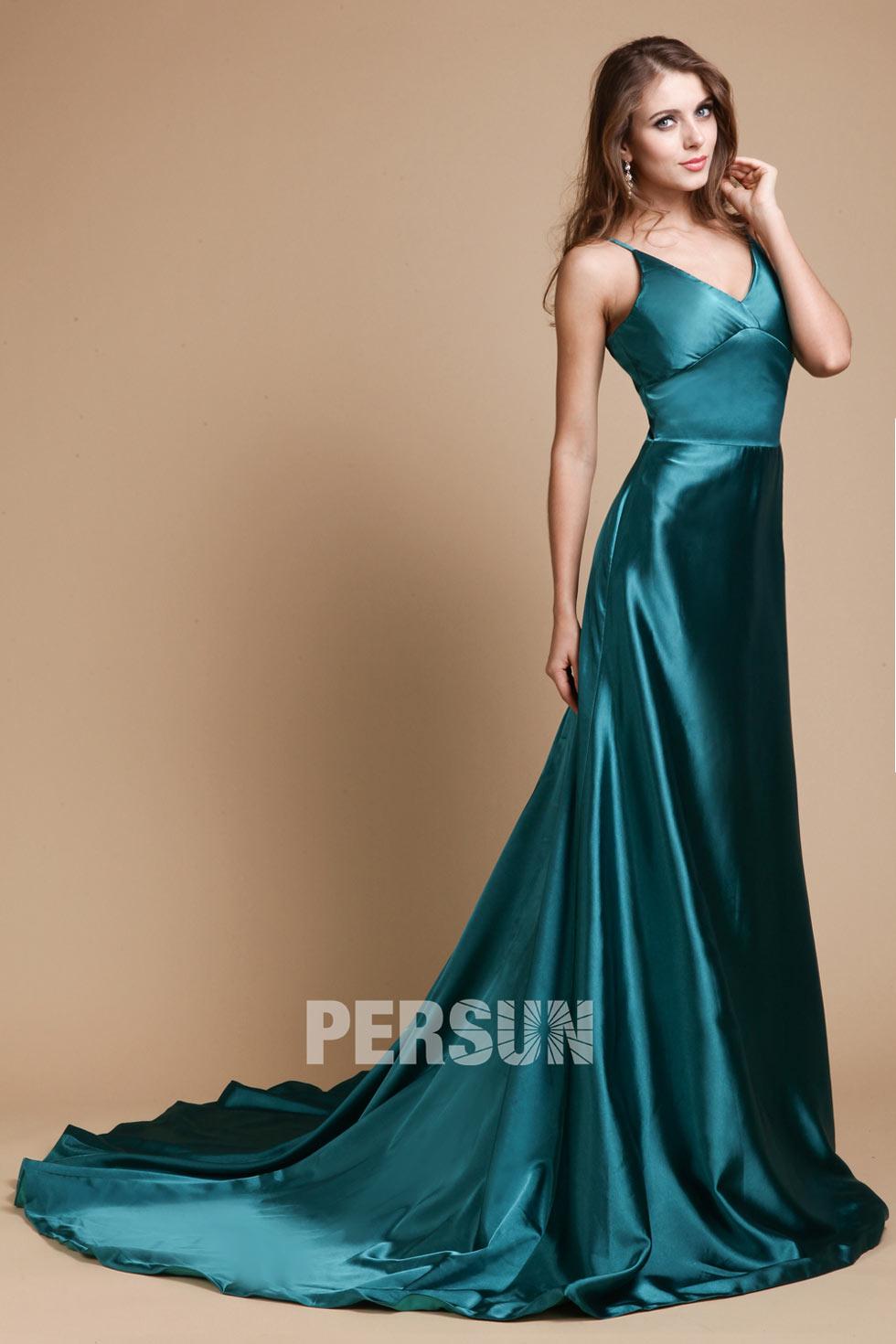 robe longue en satin avec traîne Chapel