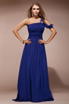 Robe de soirée bleue en mousseline ruchée asymétrique