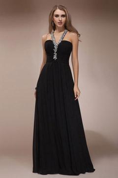 Robe de soirée noire ornée de bijoux ligne-A