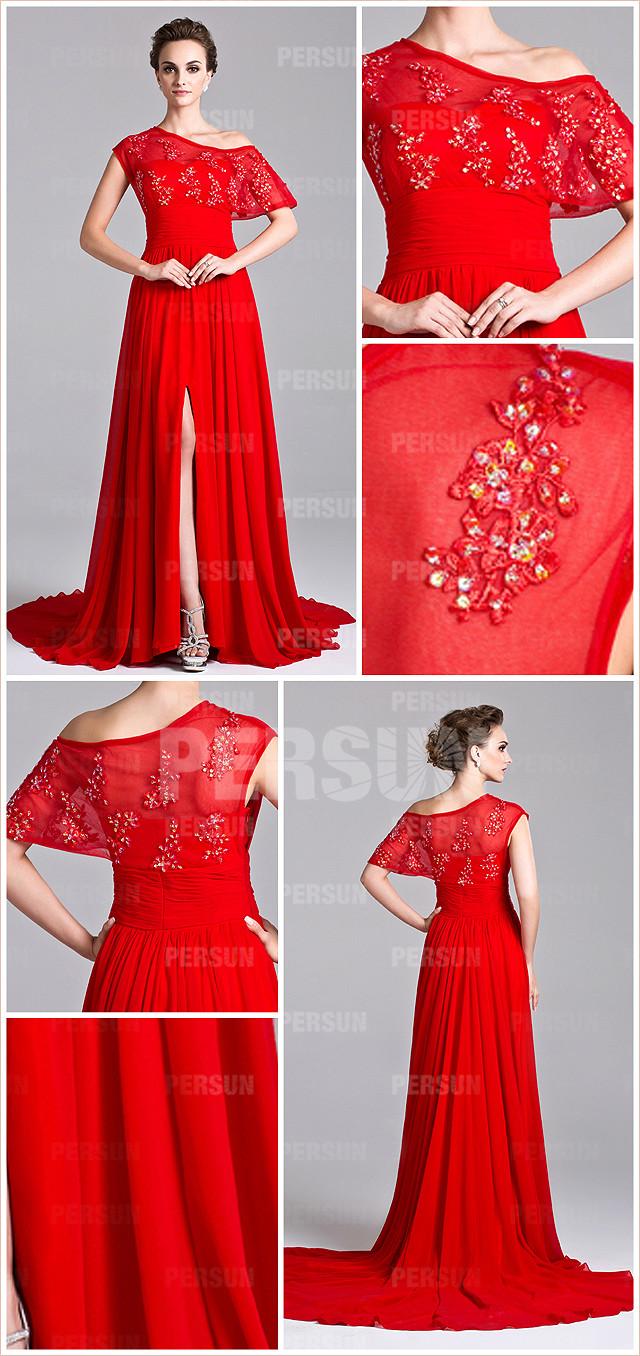 rouge robe longue à encolure asymétrique