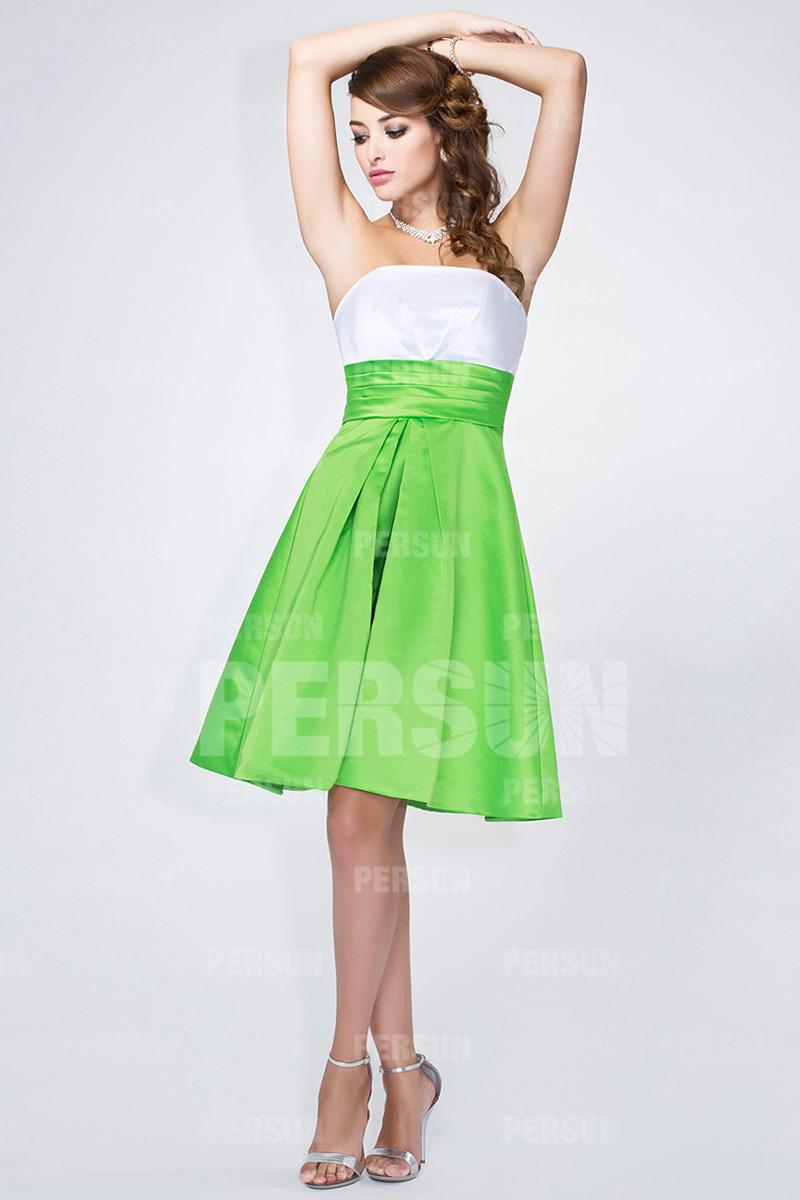 6848eda3083 Simple robe blanche et verte pour mariage - Persun.fr