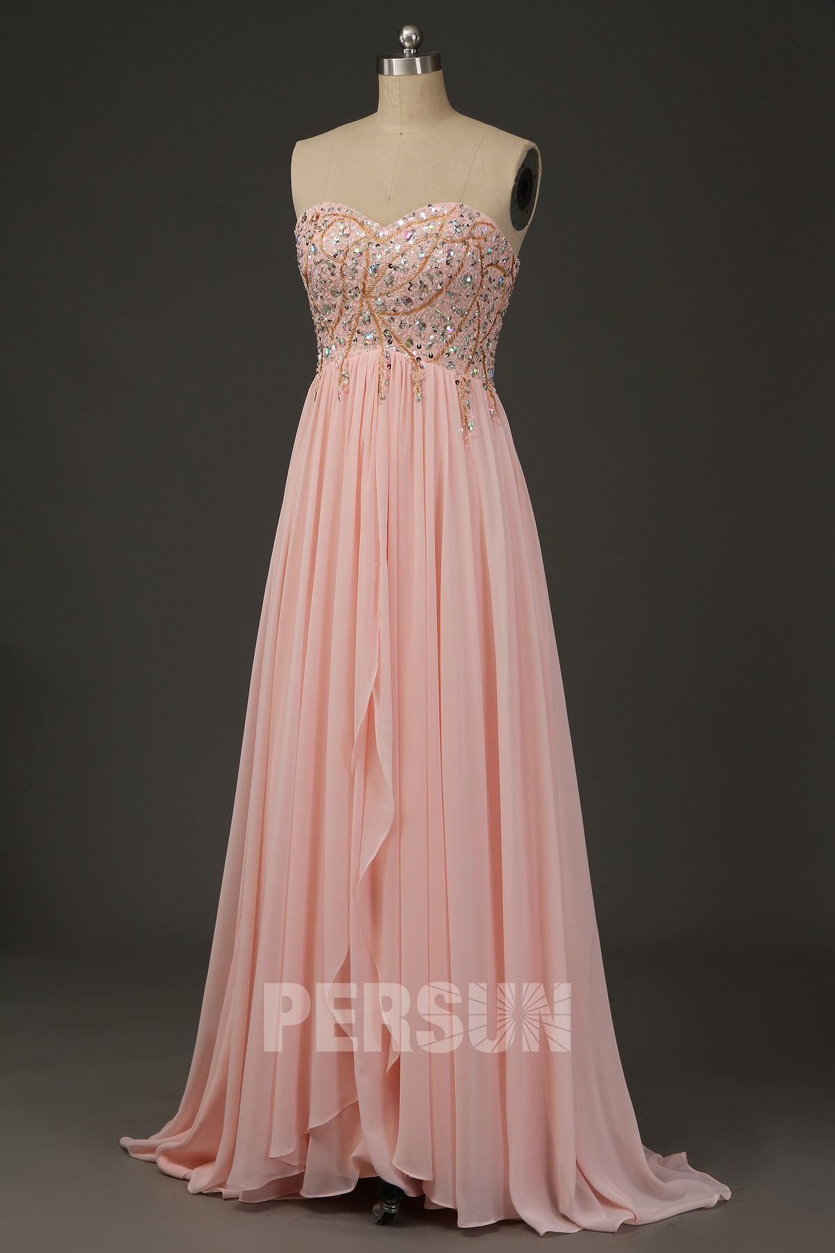 robe de bal longue rose poudré empire bustier coeur embelli de strass jupe cascade