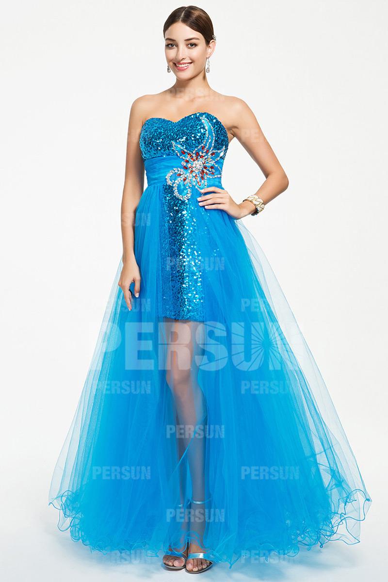 Robe de bal bustier cœur bleue à jupe en tulle