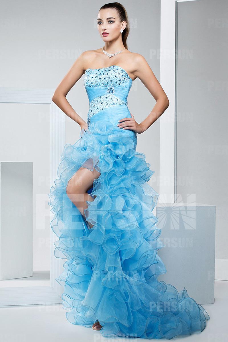 robe de bal fendue bustier bleu ciel à jupe volants