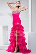 Robe fuchsia extravagante pour bal à jupe volantée