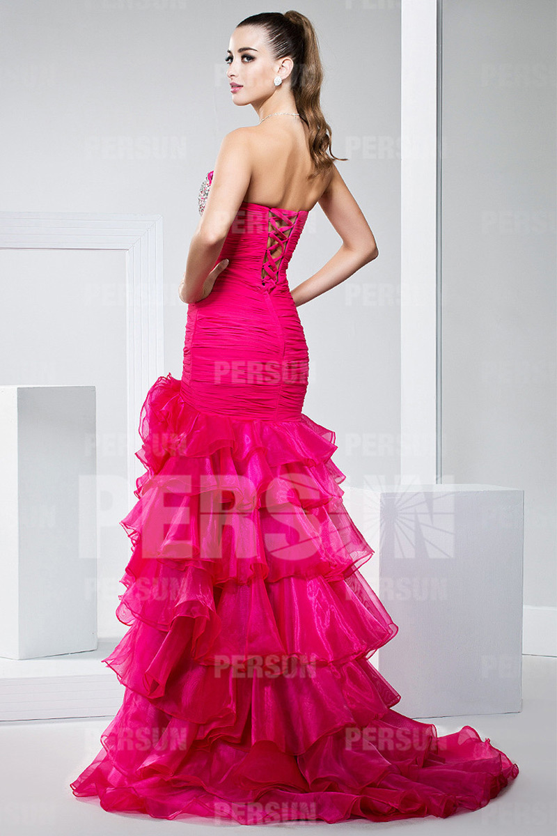 Robe de bal de promo rose bonbon avec jupe fendue & volantée
