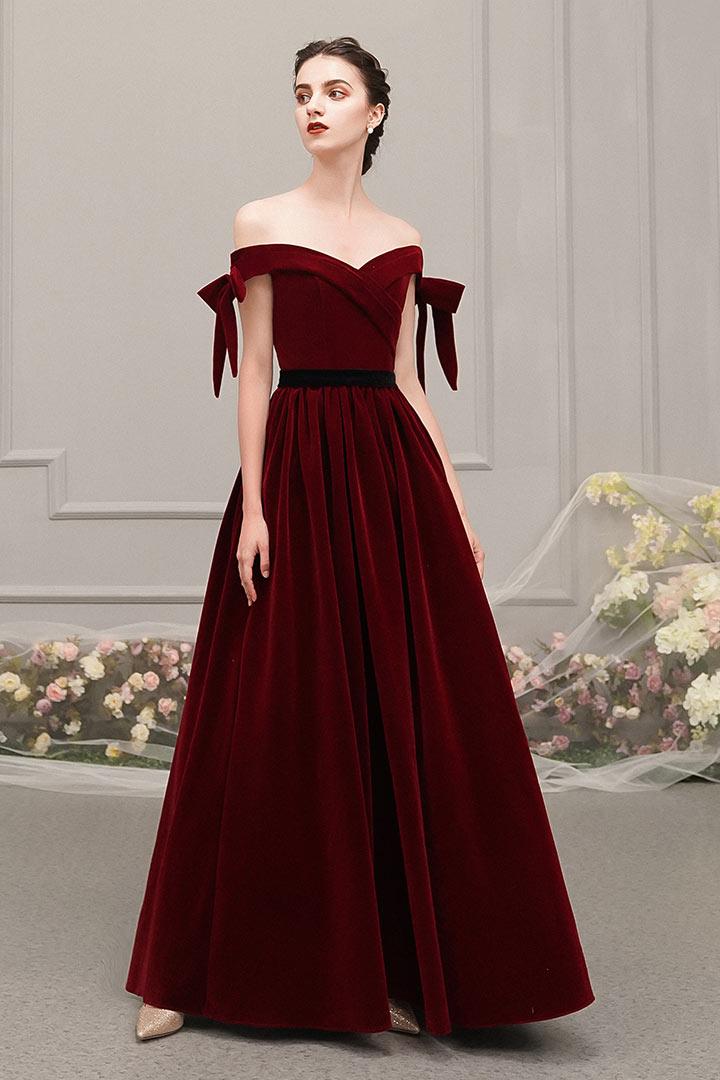 robe de soirée longue rétro velours bordeaux col bardot