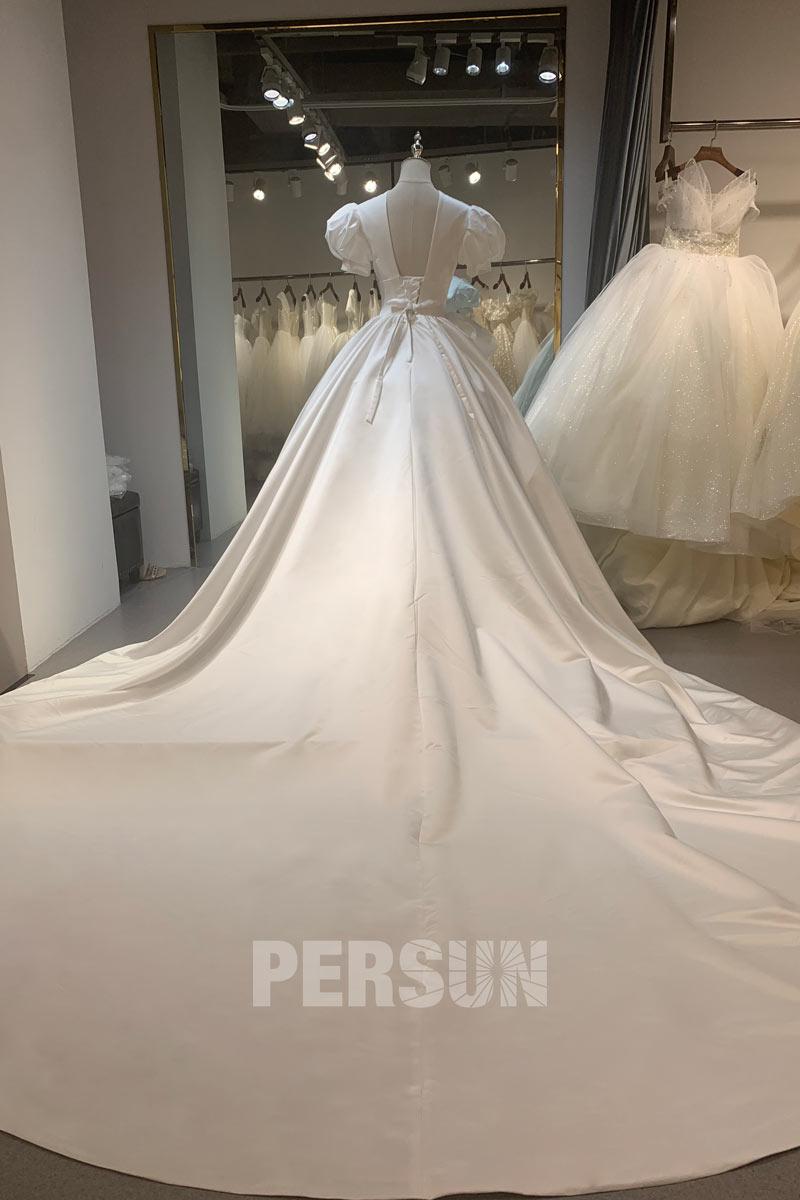 robe de mariée princesse dos ouvert manche bouffante à traîne détachable