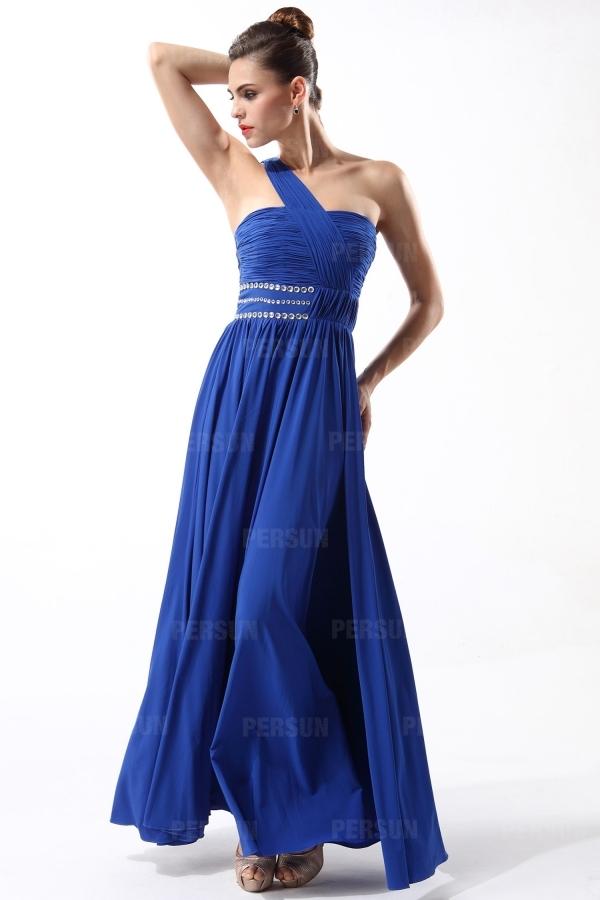 robe de soirée longue bleu classique asymétrique bustier plissé embelli de strass