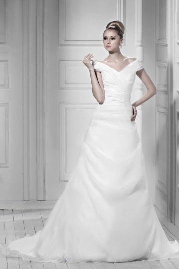 Robe de mariée vintage à Ligne-A à épaule nue à traîne Chapel ruchée