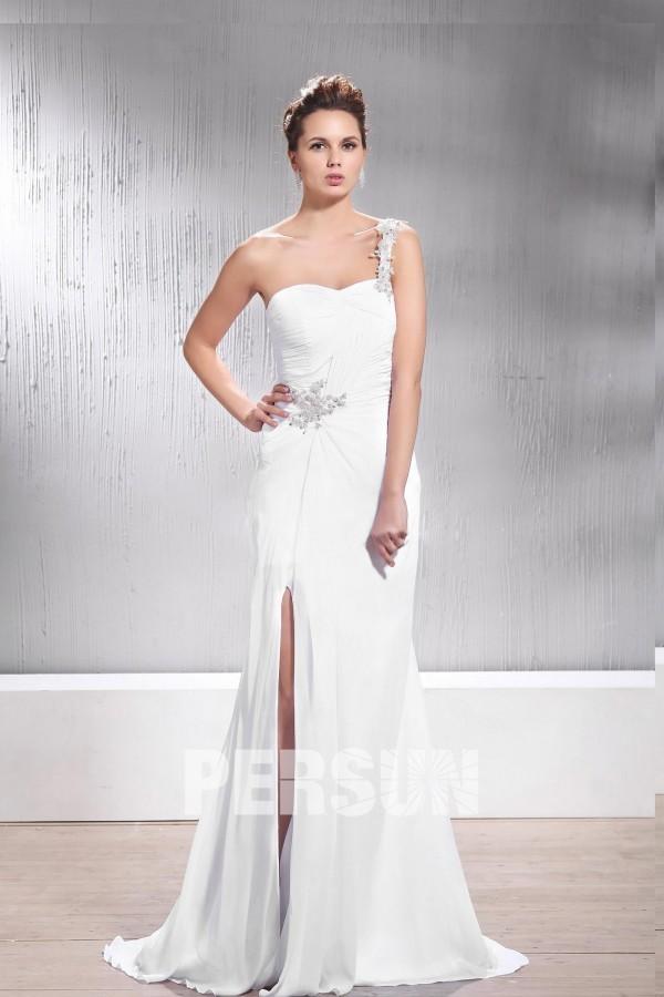 robe mariée fourreau fendue à col asymétrique