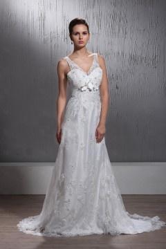 Robe de mariée de luxe à Ligne-A encolure en V au ras du sol vintage