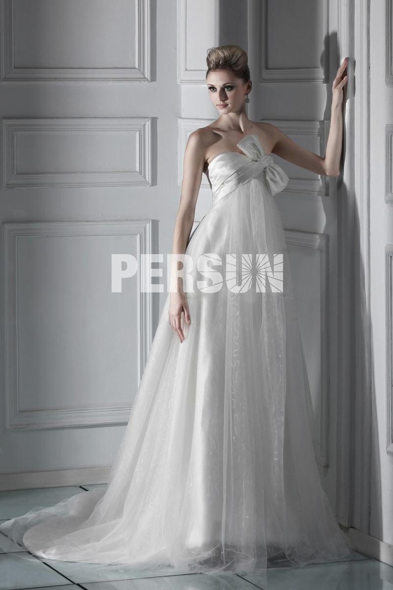 robe de mariée empire moderne bustier embelli de noeud avec traîne chapelle