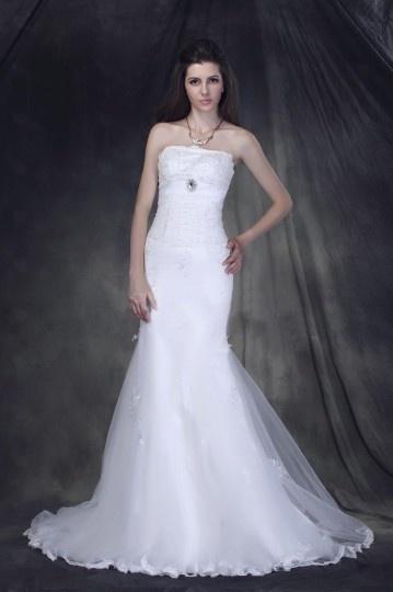Robe de mariée vintage en tulle Trompette/ Sirène à traîne balayage sans bretelle