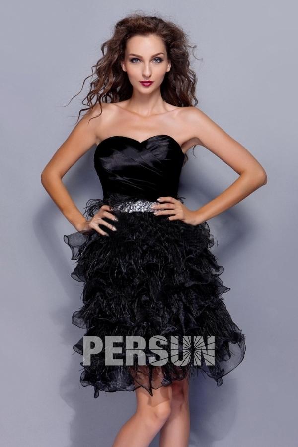Petite robe noire décolleté en cœur froufrou à volants