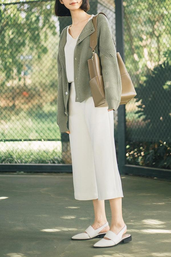 sandale chic moderne plate femme blanche