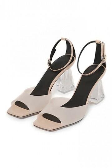 Sexy sandales femme de ville transparent à talons carrés