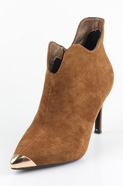 Low boots velours à bout pointu métallique