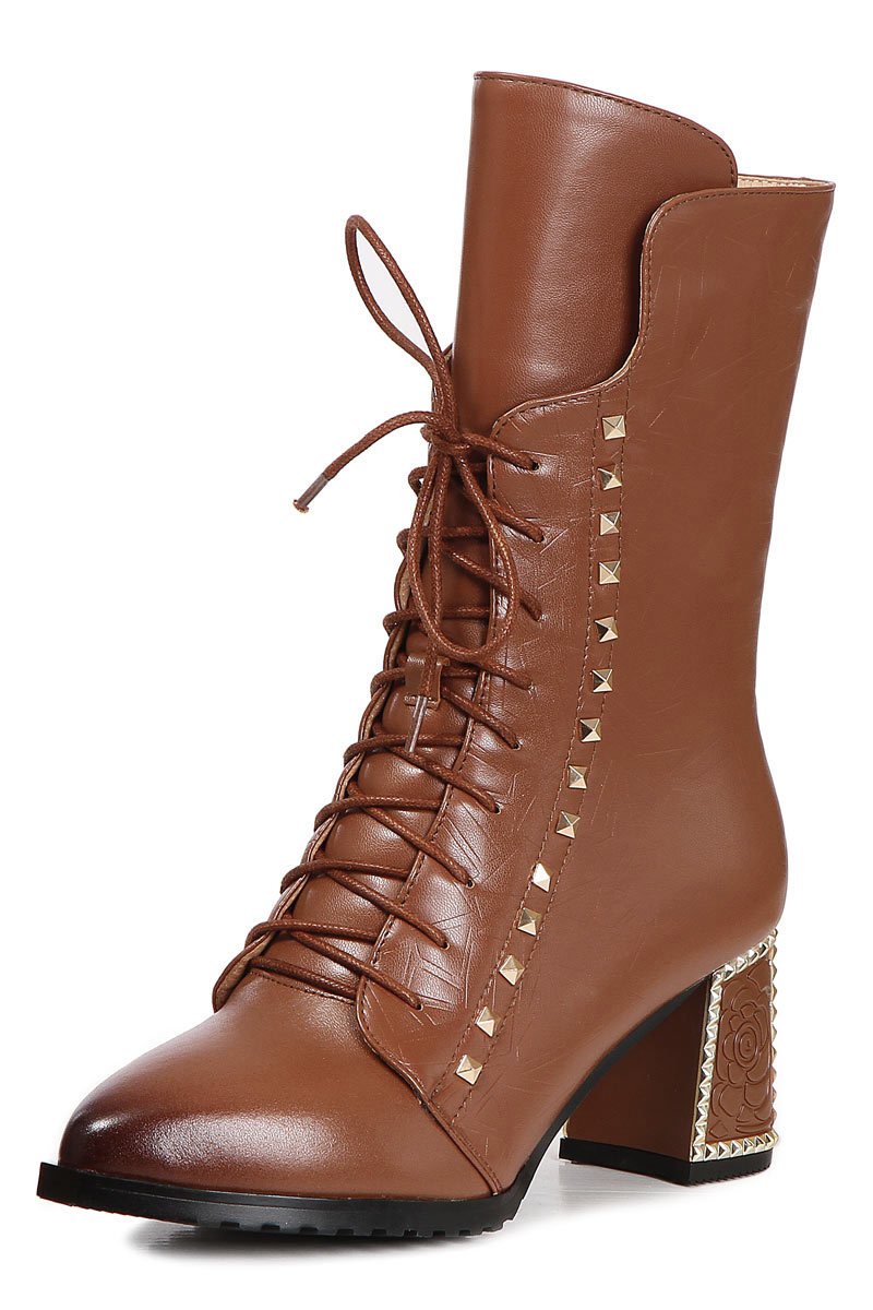bottines montantes a talon carré et a lacets