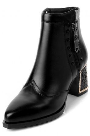 Vintage Bottine noire à talon épais sculpté zip latéral orné de rivets