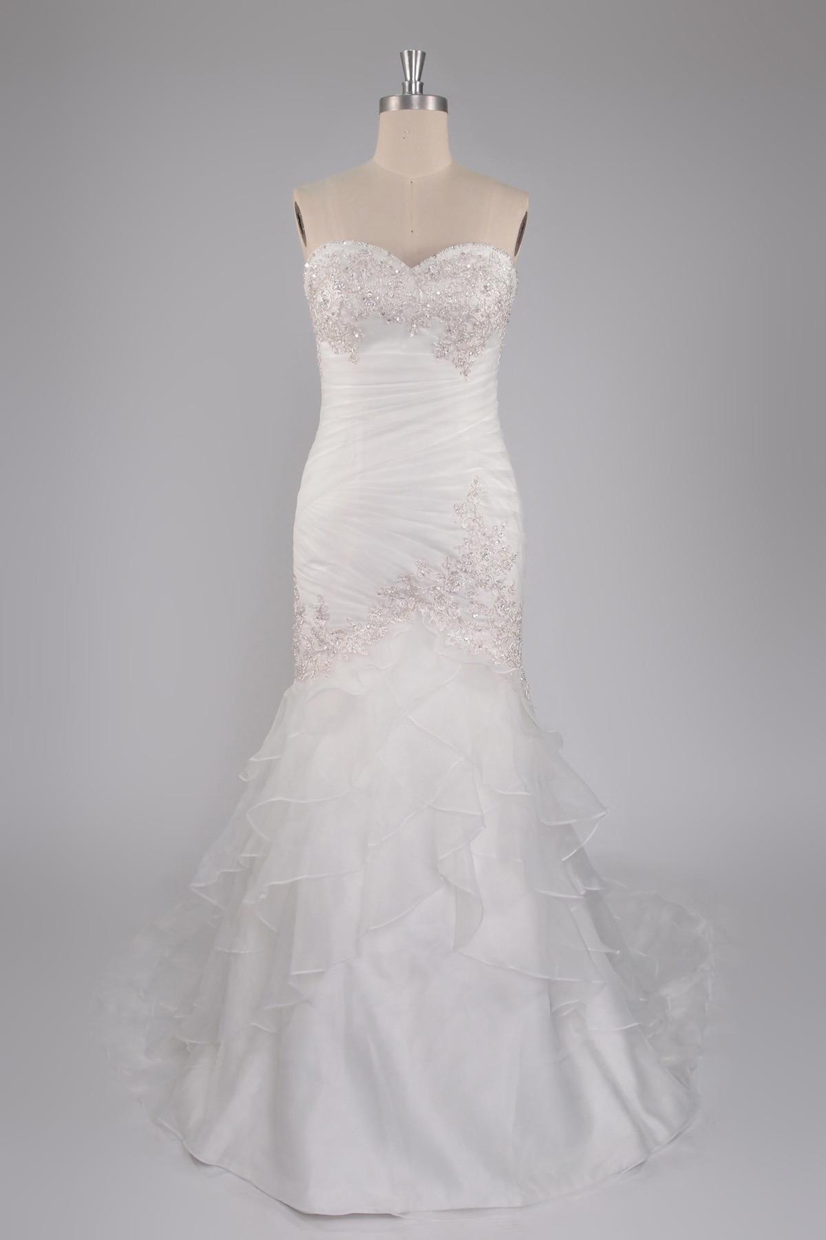Robe de mariée sirène à traîne courte ruchée plisées cascade volants sans bretelle