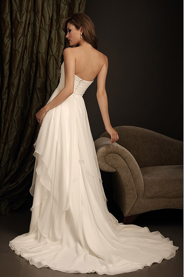 robe de mari e a ligne d collet e en coeur en mousseline. Black Bedroom Furniture Sets. Home Design Ideas