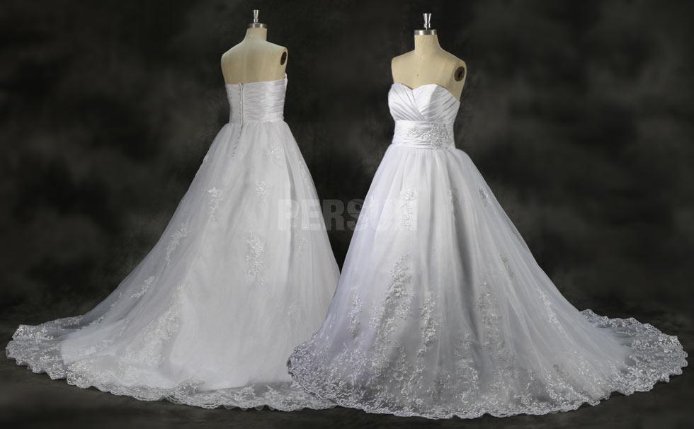Soyez resplendissante avec les robes de mariée bustier cœur