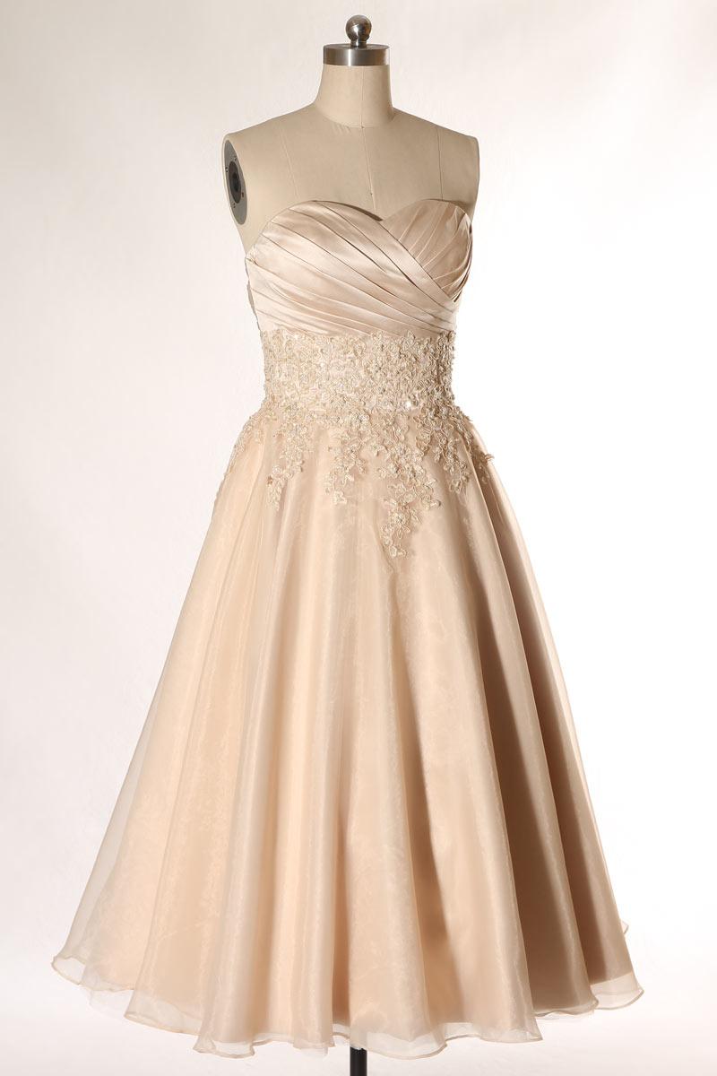 robe de mariée mi-longue champagne à bustier cœur plissé