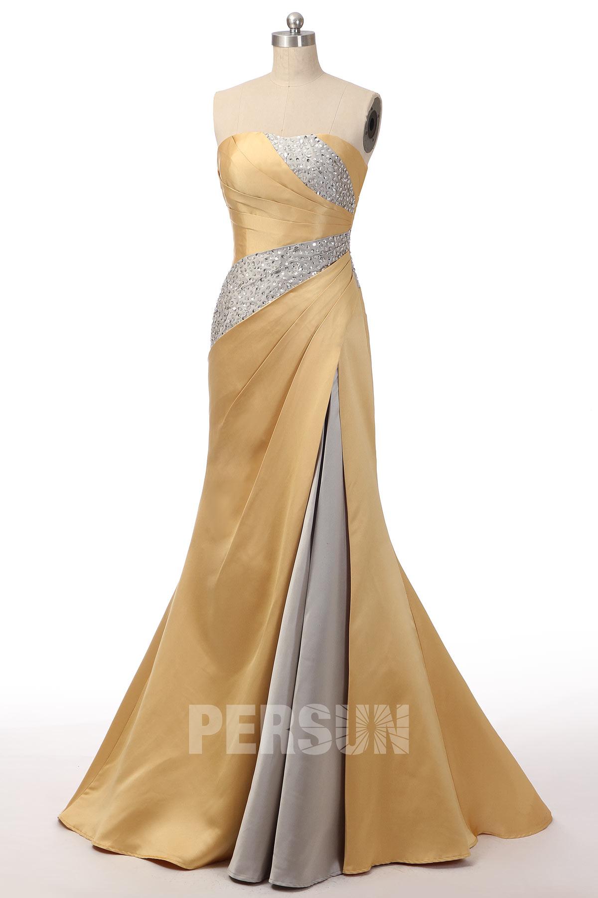 robe de soirée sirène longue doré argenté bustier droit plissé embelli de bijoux