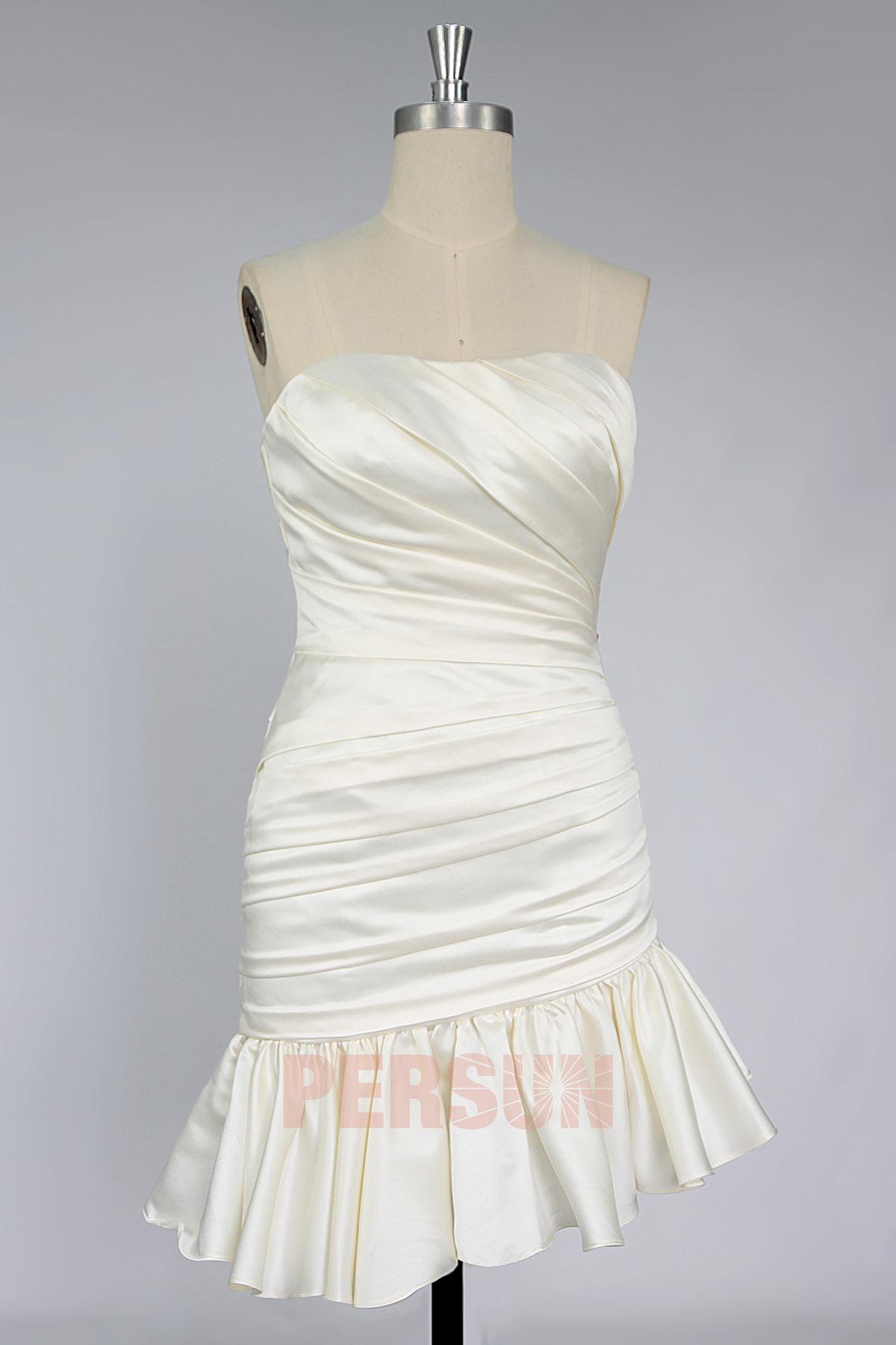 robe de mariée courte moulante beige bustier plissé jupe froufrou à volant