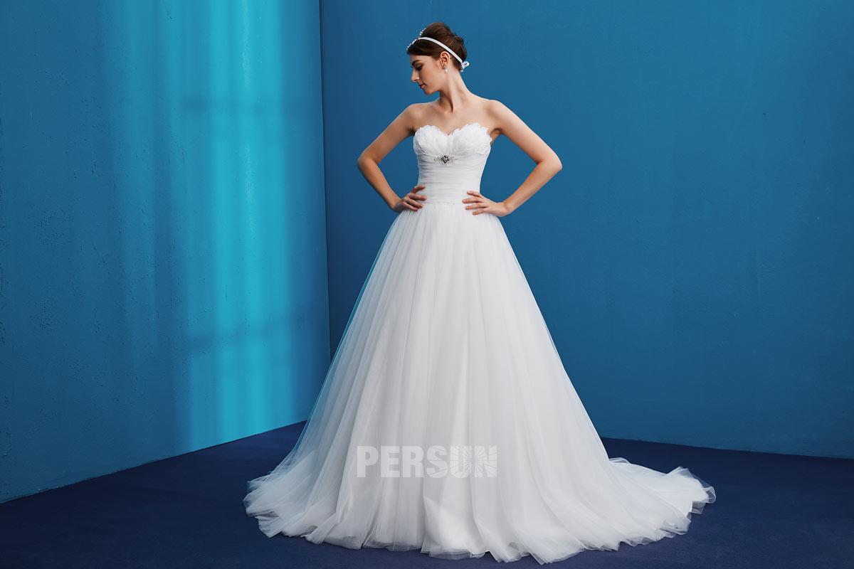robe de mariée princesse orné de plumes