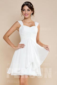 Robe de mariée pour silhouette A courte décolletée en coeur en mousseline de soie ruchée