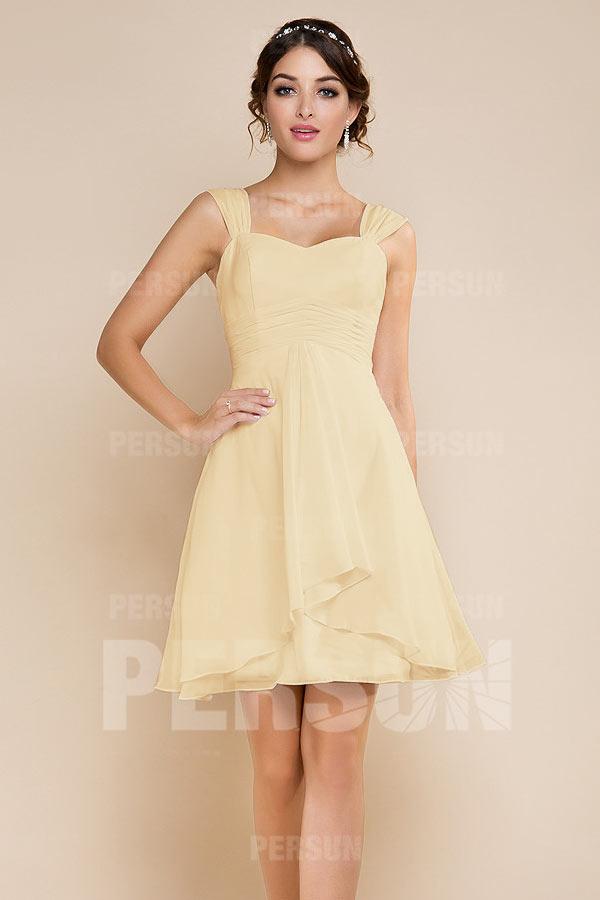 robe jaune courte décolletée en coeur 2020