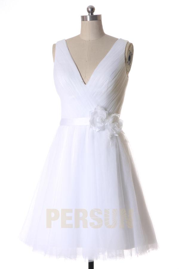 Robe de mariée en tulle courte décolleté V Ligne A avec ruban