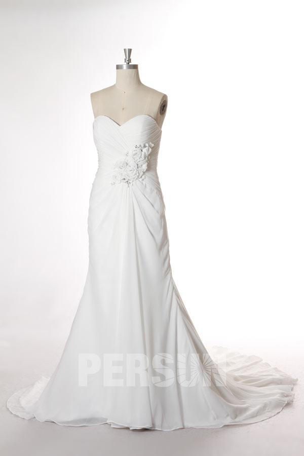 robe de mariée sirène bustier coeur plissé simple taille embelli de fleurs fait-main