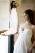 Robe de mariée enceinte bustier perlé avec traîne courte