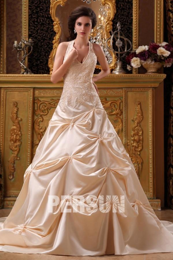 Robe mariée longue dentelle aplliques