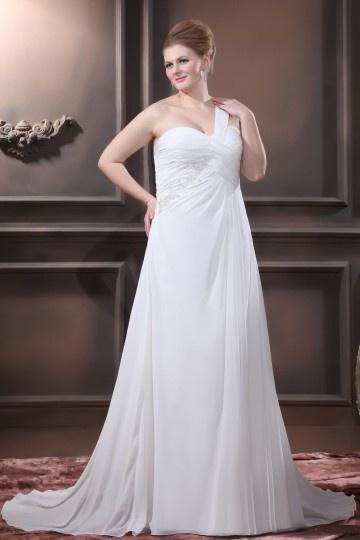 robe de mariée asymétrique pour femme ronde
